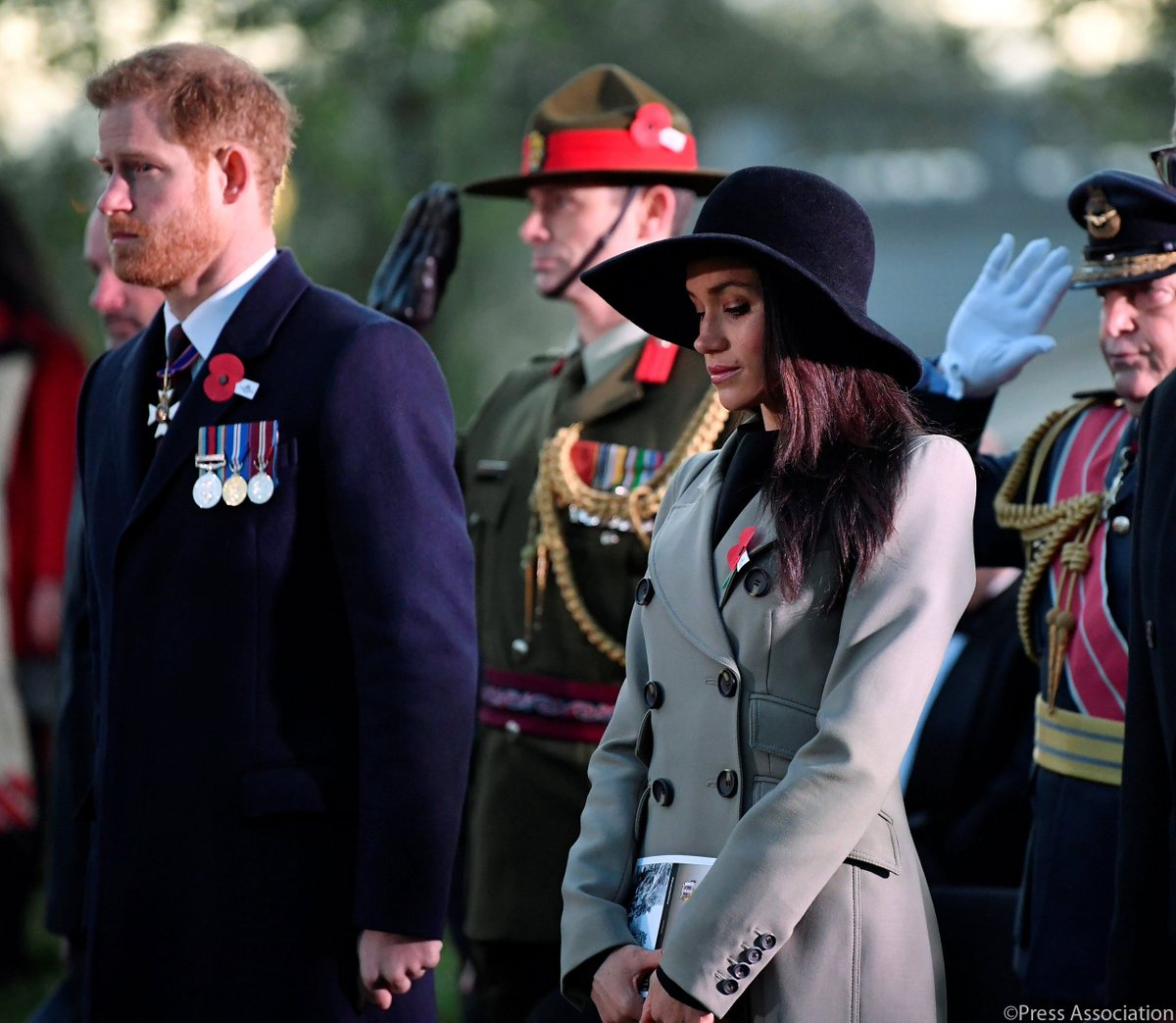 In London this morning, Prince Harry and Ms. Meghan Markle attended The Dawn Service at Wellington Arch. #ANZACDay