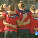 Image for the Tweet beginning: TOUCHING TRIBUTE: @NorwoodFC's women's @SANFL