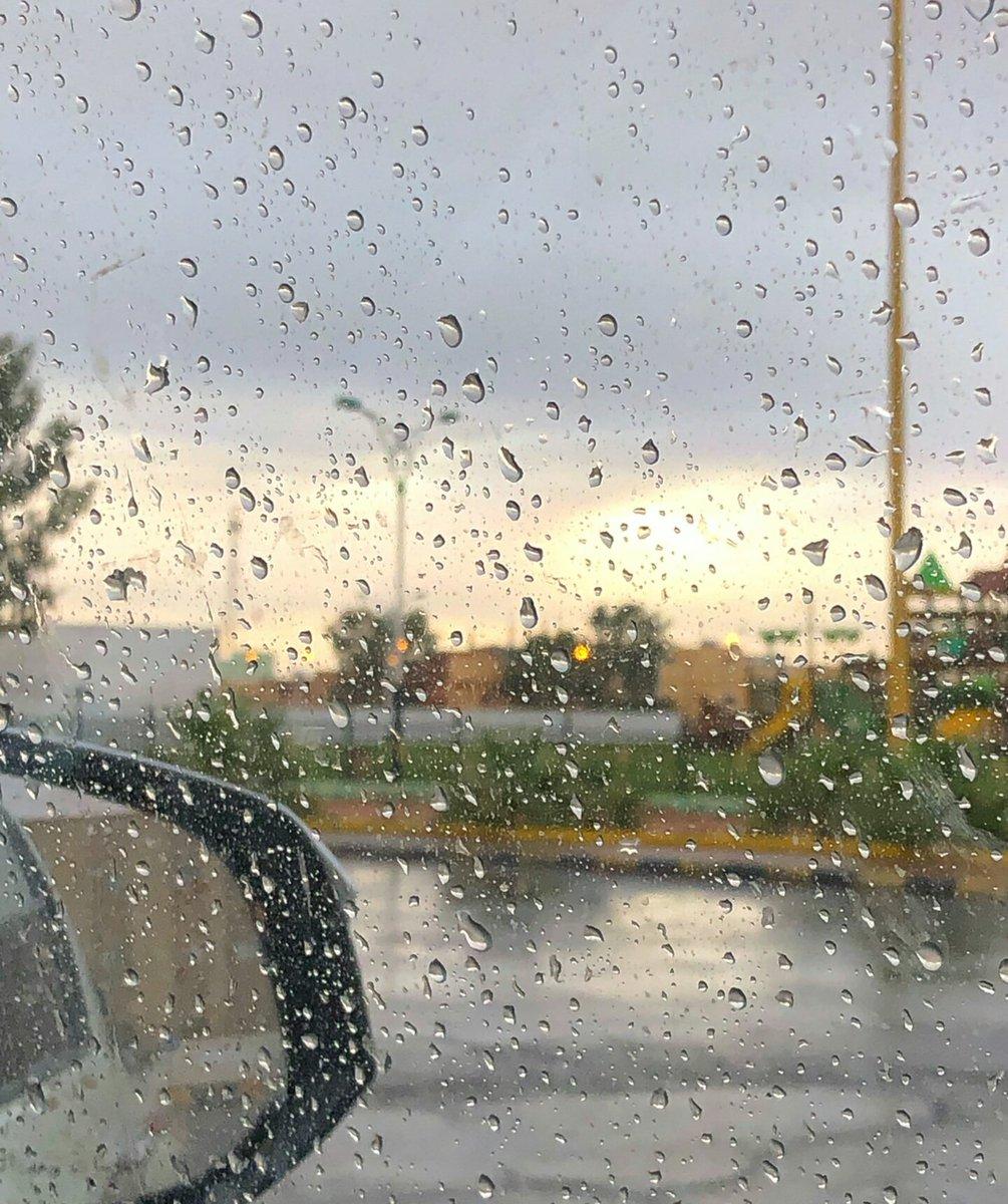 كونان السعودي On Twitter على صوت المطر تمطر وأنا قلبي على صوت المطر يدعي لك