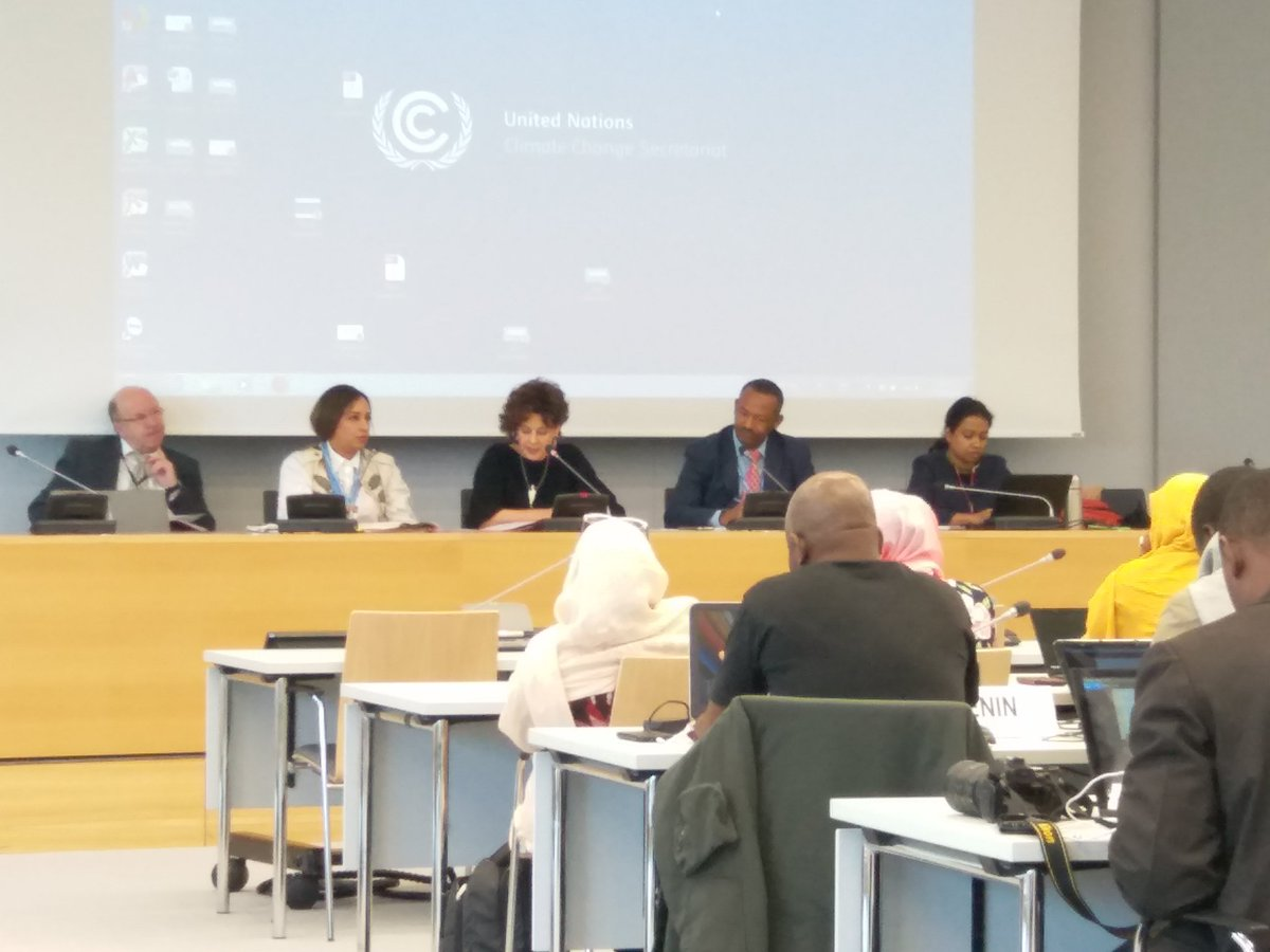#UNFCCC #APA Co-chairs meeting with #LDC group during preparatory meeting in Bonn #SBI48 #IIED @manjeetdhakal<br>http://pic.twitter.com/EUzdzFMxgl