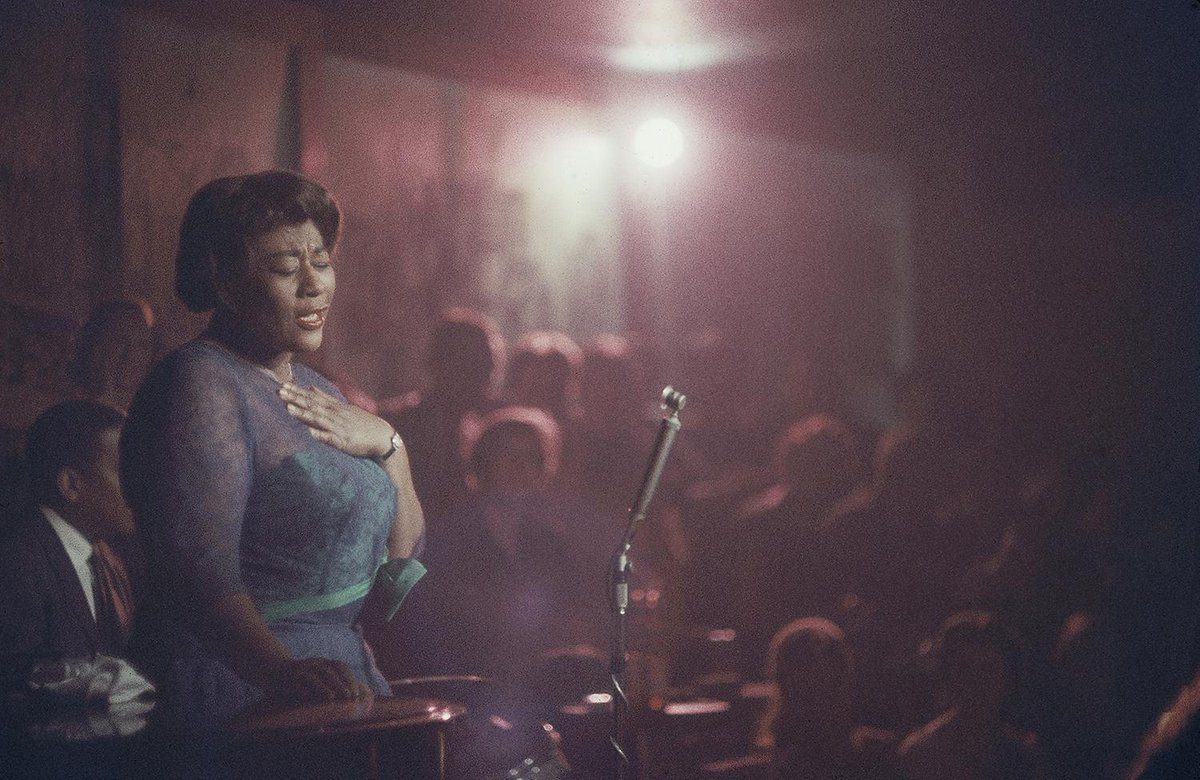 Le 25 avril 1917 naissait l'une des plus grandes voix du jazz, Ella Fitzgerald. Sa musique, sa vie, ses collaborations avec les plus grands dans une série de 1981 en 8 épisodes. https://t.co/nhN0Cvz5P1