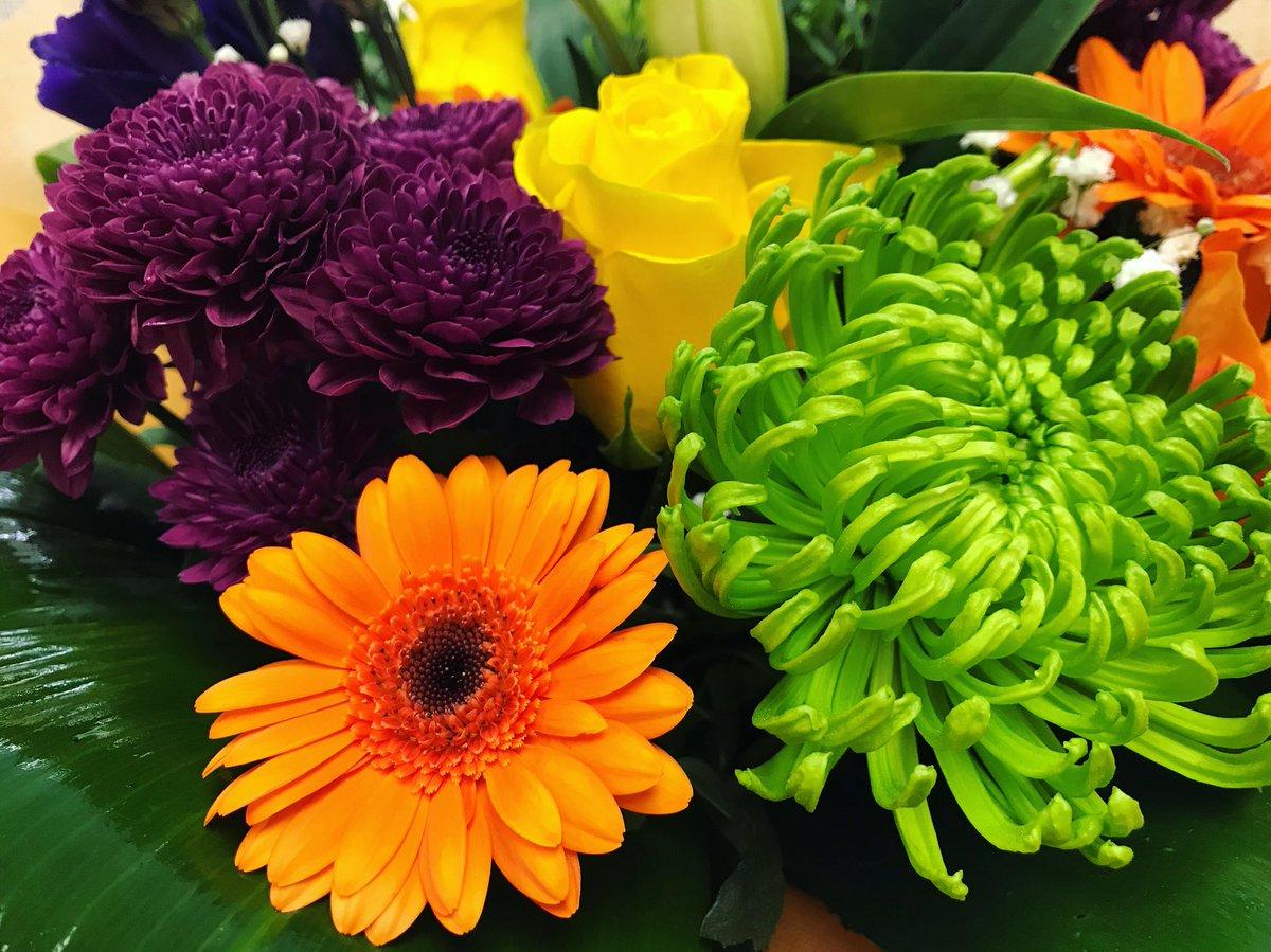 Poppies Florist On Twitter Wednesday Flowers Florist