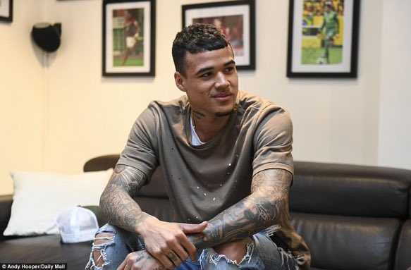 """Kenedy on Jose Mourinho: &quot;I arrived at #Chelsea and he said to me, """"Are you Kenedy?"""" I said, """"Yes"""". Jose said, """"OK, let's see if you can play the way they talk about you"""".&quot; #CFC<br>http://pic.twitter.com/5egpCL4nAC"""