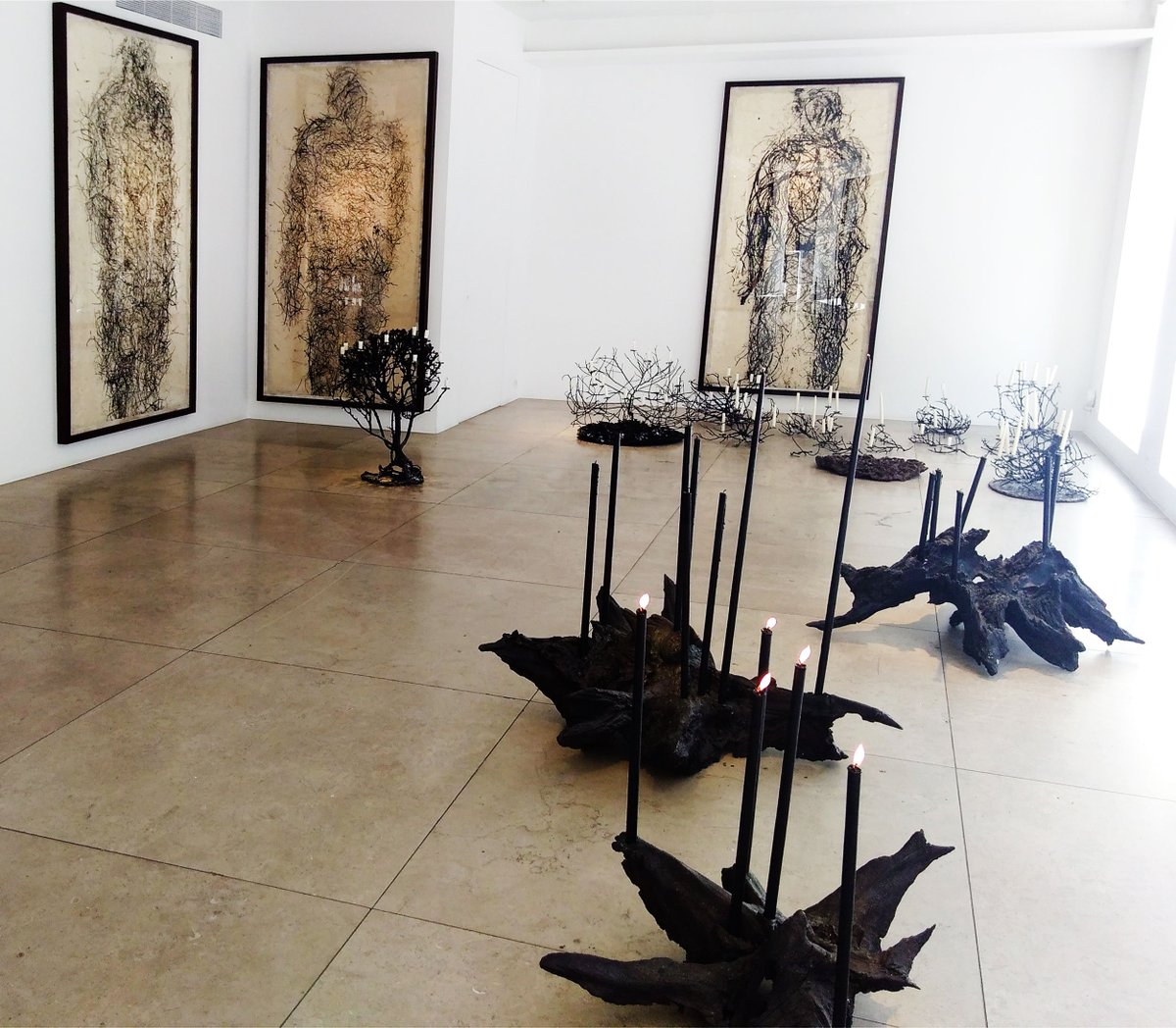 6bee3957d209  art  london  contemporaryart https   www.ennigaldi.co.uk journal 2018 4 25 michele-oka-doner-bringing-the-fire-at-david-gill-gallery  …pic.twitter.com  ...