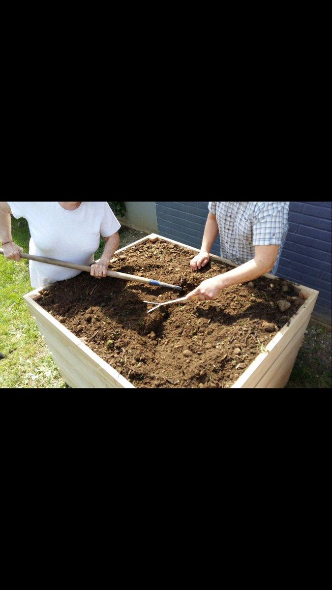 """Planter Herbes Aromatiques Jardiniere latifa farnault on twitter: """"du côté du 5 françois villon à"""