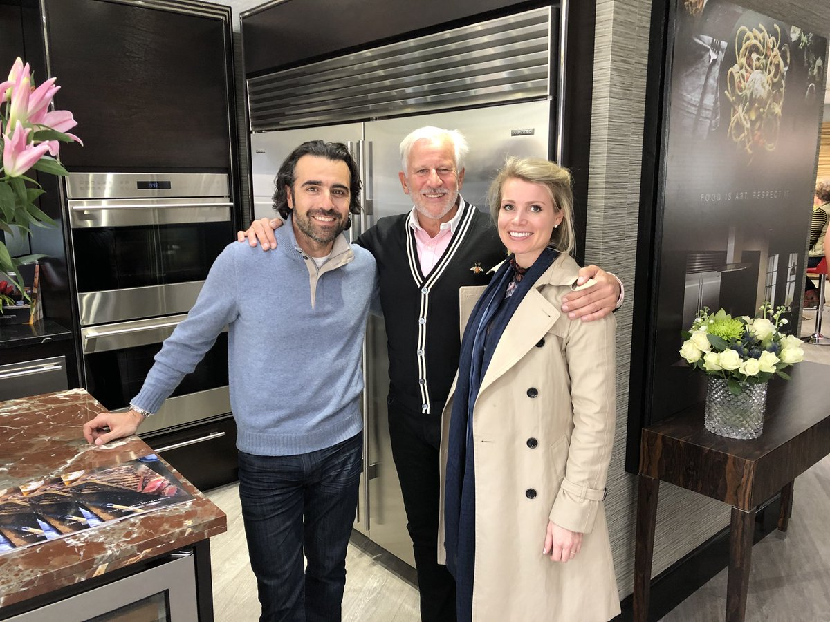 Lovely to see Eleanor and Dario Franchitt friends of Sub-Zero & Wolf in the showroom today @dariofranchitti https://t.co/POd8wXdlne
