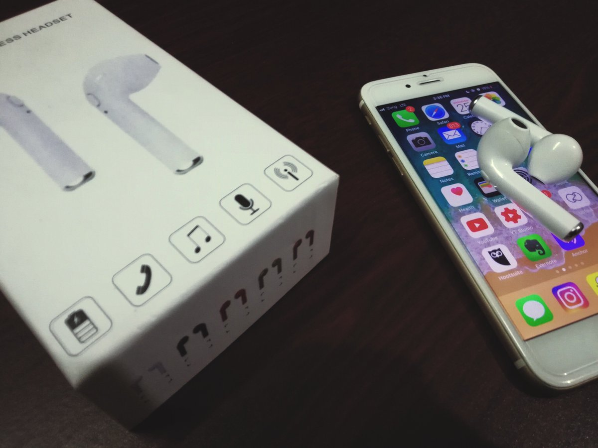 Unboxing Video is LIVE! Pic Credits: Subhan Babar official#airpods #airpodsclone #hbqi7 #hbq #i7 #hbqi7tws #earphones #wireslessearphones #wirelessheadset #wireless #cheapairpods pic.twitter.com/7wyNNKMYmm