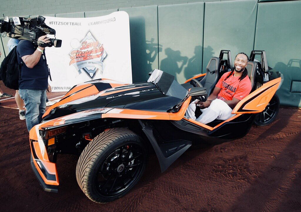 A big THANK YOU to @Slingshot for being a sponsor of this year's Celebrity Softball Game! It was awesome to finally get behind the wheel of a Slingshot, these things are fun! #FitzSoftball