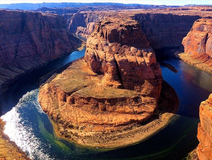 This is why we travel - to take in scenes like this with our friends and family. Thanks to Noé Díaz Leiva on Instagram on for this shot of #HorseshoeBend in #Page #Arizona.