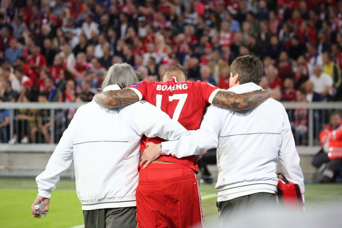 Boateng sale lesionado