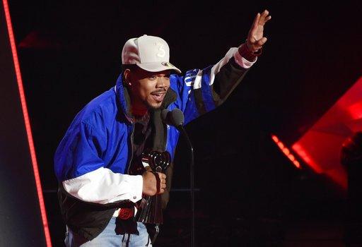 Chance the Rapper enters Kanye West debate: 'Black people don't have to be' Democrats https://t.co/uj4Etg85bD