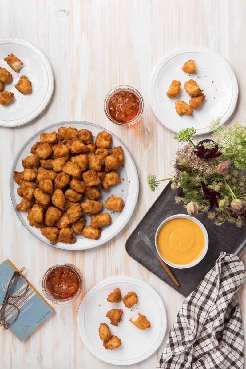 Dinner is served! 🍴#EatMorChikin https://t.co/ZNBkcCwpi9