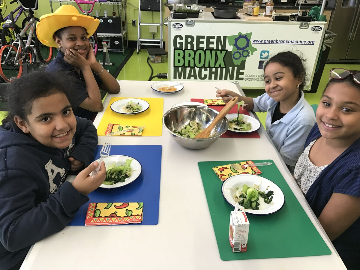 RT @greenBXmachine Healthy school meals and school gardens are a delicious, winning combination. SI SE PUEDE #ChildrenFirst