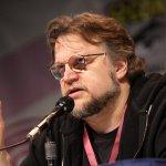 Image for the Tweet beginning: Guillermo del Toro y la