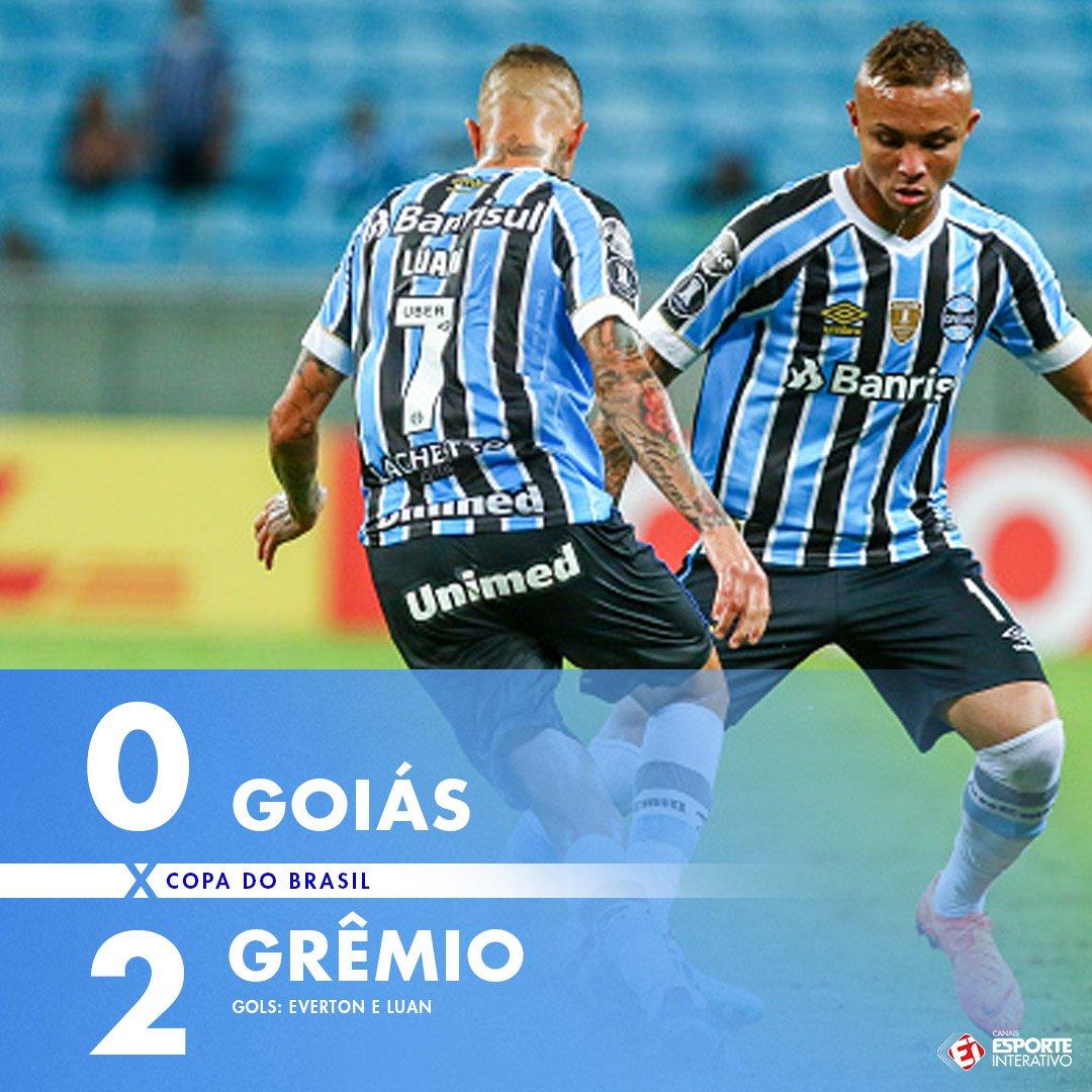 ACABOU! Com gols de Everton e Luan, o @Gremio encaminhou a classificação para as quartas da @CopadoBrasil! #GOIxGRE