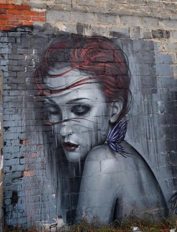 In the Alley... #streetart #graffiti #art<br>http://pic.twitter.com/EzSLpompxJ