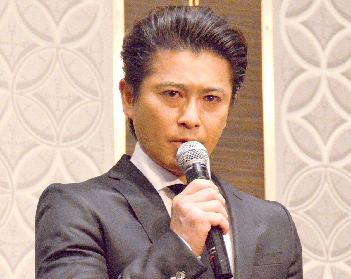 山口達也、30秒間頭を下げて謝罪 芸能活動を無期限謹慎 https://t.co/xwMVxRKMv4 …   #ジャニーズ #山口達也 #TOKIO #芸能 #ニュース