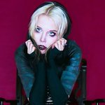 Image for the Tweet beginning: Alice Glass now solo, seeing