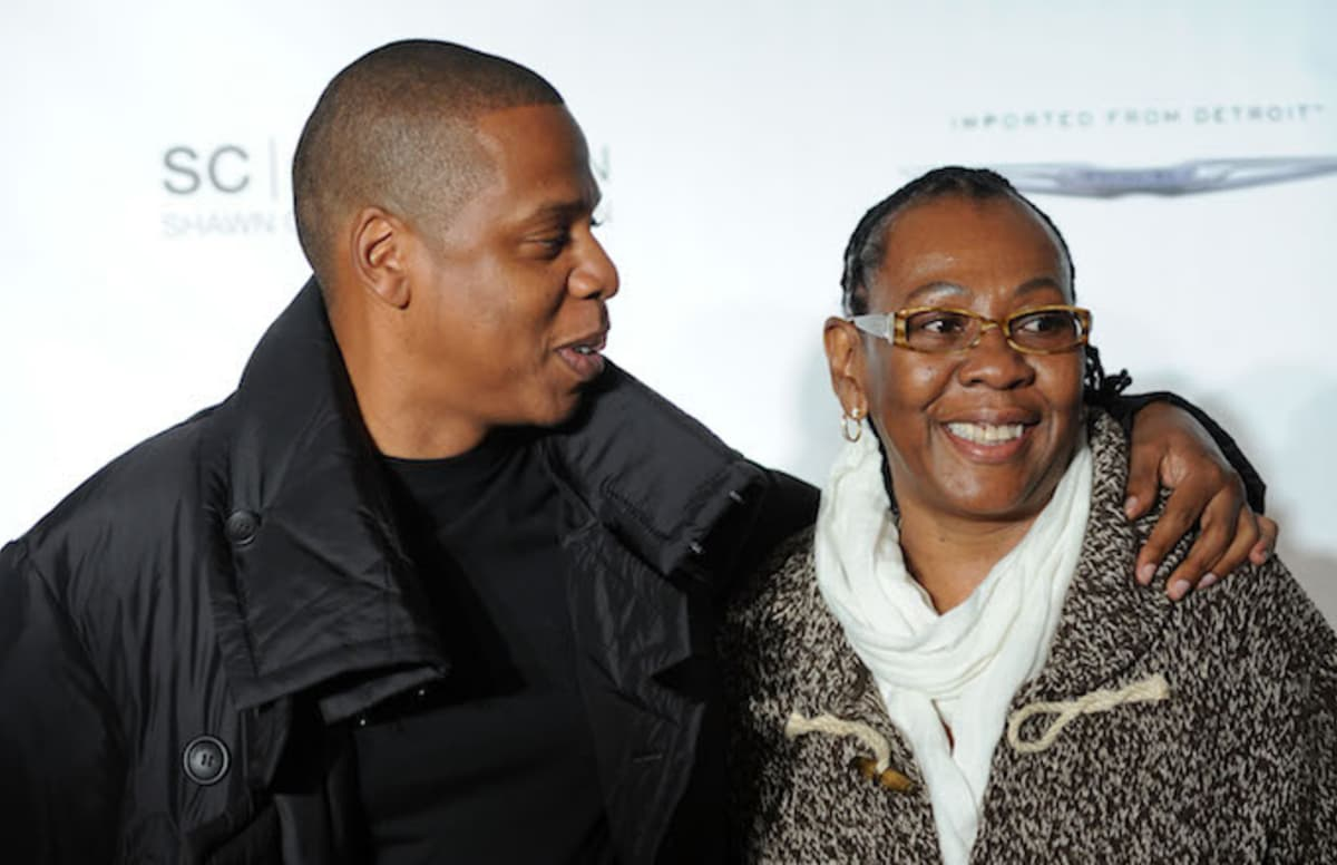 Jay Z's mom Gloria Carter to accept special recognition at New York's GLAAD Media Awards: https://t.co/KFNwJVJUzf