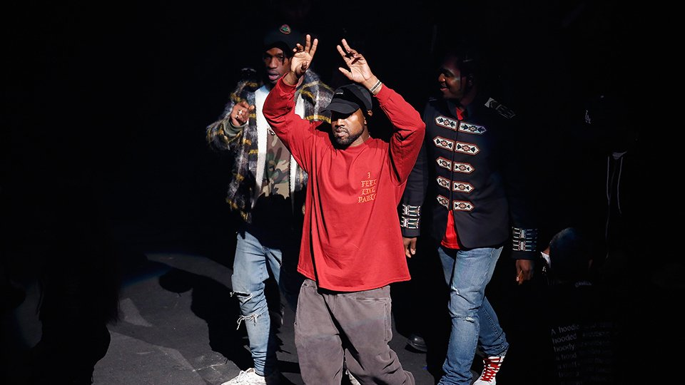 .@kanyewest blows up the internet by wearing a MAGA hat, praising Trump bit.ly/2KeEYdl