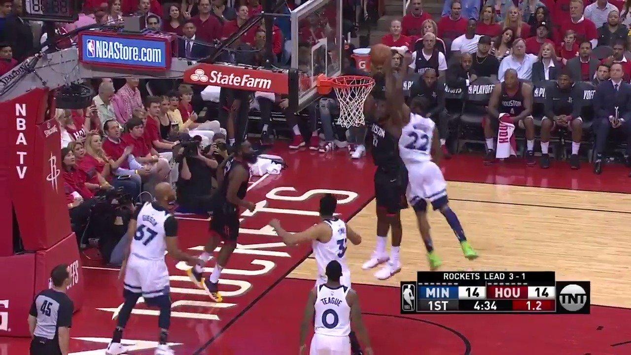Harden ➡️ Capela!  @HoustonRockets up 2 in the 1st on @NBAonTNT   #Rockets https://t.co/6ZO42OsvkV