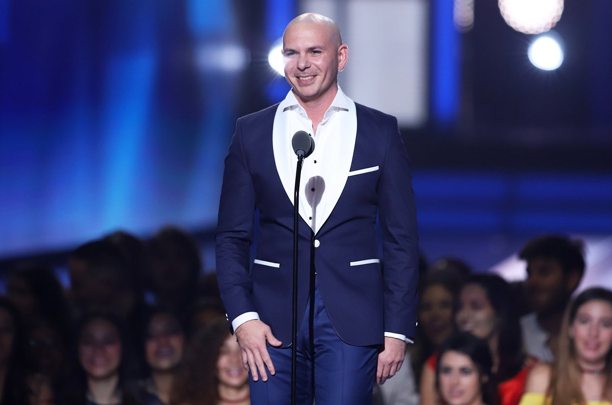 Pitbull announces 2019 tour with life coach Tony Robbins (exclusive) https://t.co/dAiz4yyUgU