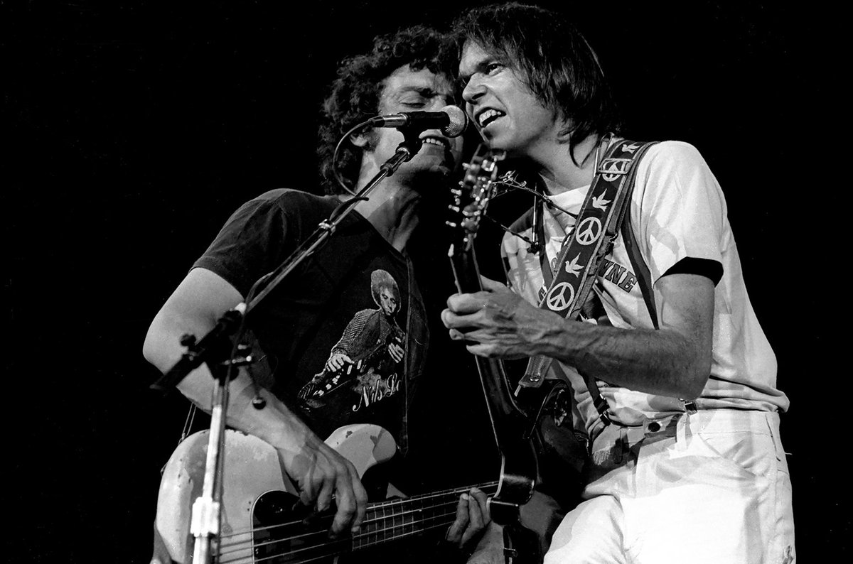 Before Neil Young & Crazy Horse return to the stage, here's a crash course on their legendary collaboration https://t.co/8uSPq5KSPq