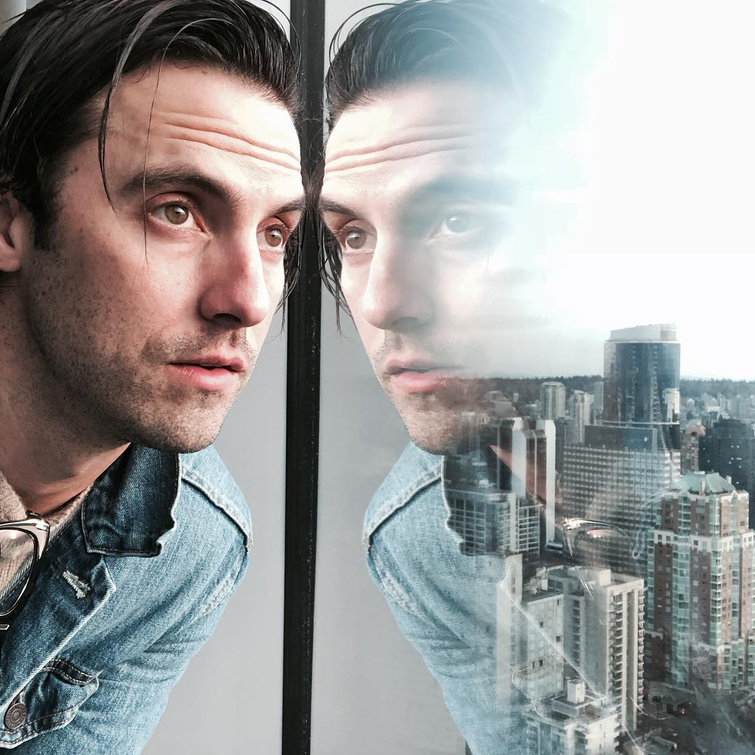 Milo Ventimiglia just updated his Instagram with (big) three new selfies, and we're not mad at 'em. 🔥