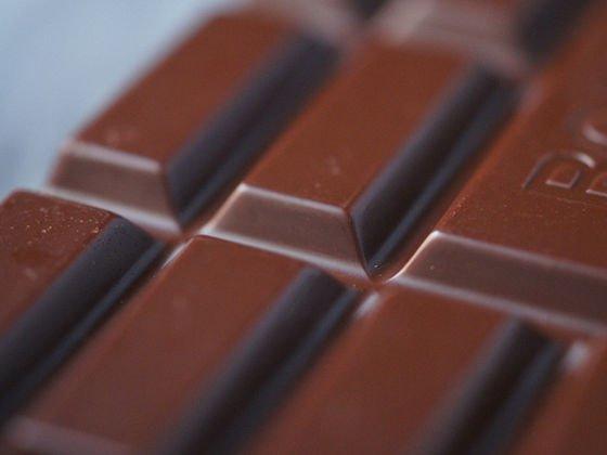 【米大学が研究】カカオ70%超のダークチョコレートにストレス軽減効果 https://t.co/DmwOazKUjh  イライラなどを軽減させて憂鬱な気分を和らげるほか、記憶や免疫にまで効果があることが分かったという。