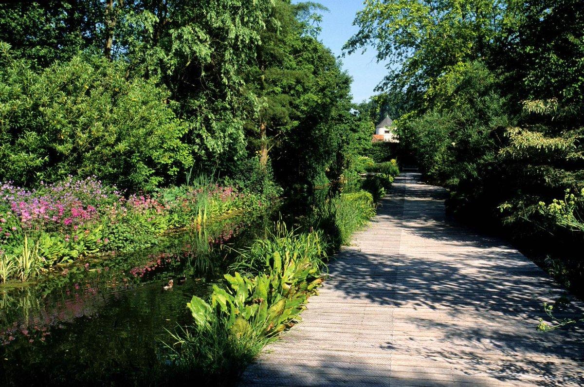 'Le jardin, c'est l'enclos et le paradis' (Gilles Clément) https://t.co/pOYtnKU3UR