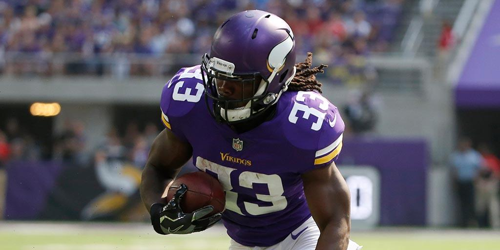 .@Vikings running back @dalvincook aims to recapture electric form in 2018: https://t.co/BKlZ4EF5Z0 https://t.co/GptSRky7Yk