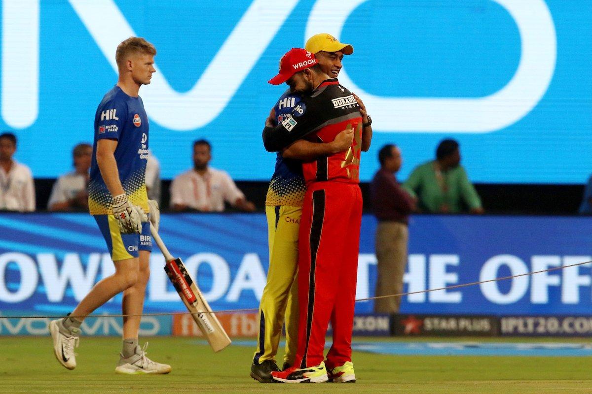 Twitter can't keep calm as Virat Kohli hugs MS Dhoni before #RCBvCSK #IPL2018 clash and the photo goes viral  https://t.co/oodfxHK4cO #MSDhoni #ViratKohli