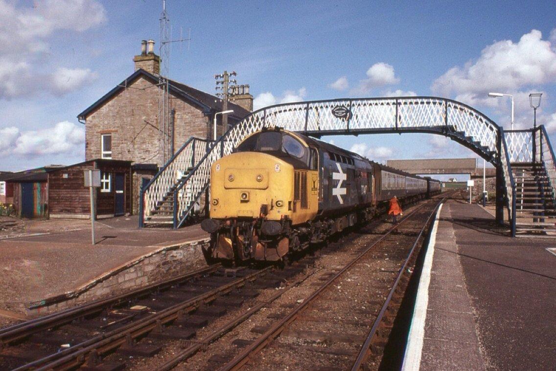 DbsM5nwVwAEgaQg - Long rail videos - UK