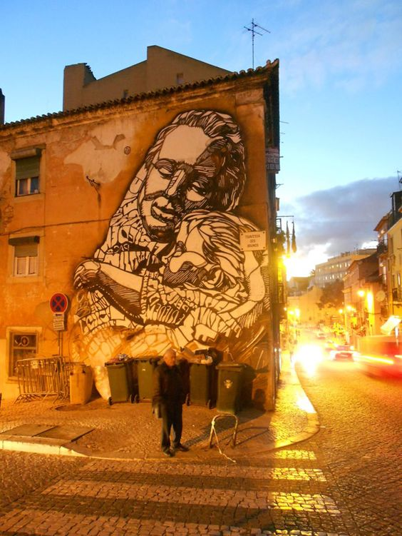 ... like the embrace of love. Art and poetry by C215 in Lisbon, Portugal #StreetArt #Art #Embrace #Love #Poetry #Mother #Graffiti #Mural #Lisbon<br>http://pic.twitter.com/MhAo0Yati0