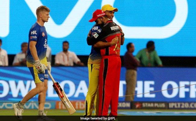 #IPL2018: MS Dhoni, Virat Kohli's warm hug before match is winning Twitter's love https://t.co/8dFV4G3HeR