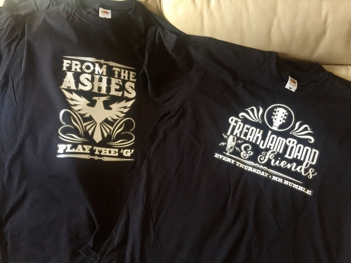 We're printing band t-shirts! What are you guys up to? #custom #print #tshirts #tshirtdesign #b4bands #music #bands @fREAKJAMBand<br>http://pic.twitter.com/bCFAGwhOh7