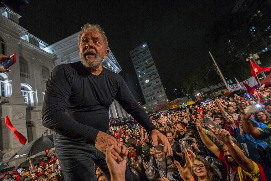 Ex-presidente preso   Defesa de Lula quer tirar inquéritos do juiz Moro https://t.co/oX1EipIGt6