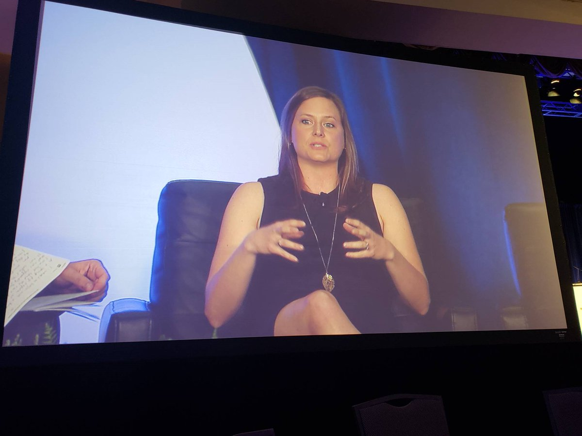 Our #CEO @kkuzmesk killing it today at #HDpalooza - thanks for the invite and for all the amazing support from our colleagues for #blockchain - she is showing REAL uses for #medical blockchain, and just how effective this new tech can be in #healthcare<br>http://pic.twitter.com/4J8HgLlpiL