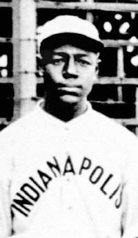 #Spotlight – Ben Taylor was the manager of the Washington Black Senators in 1938 -  http:// bit.ly/2vJSDWP  &nbsp;  <br>http://pic.twitter.com/XYXIfcpx9T