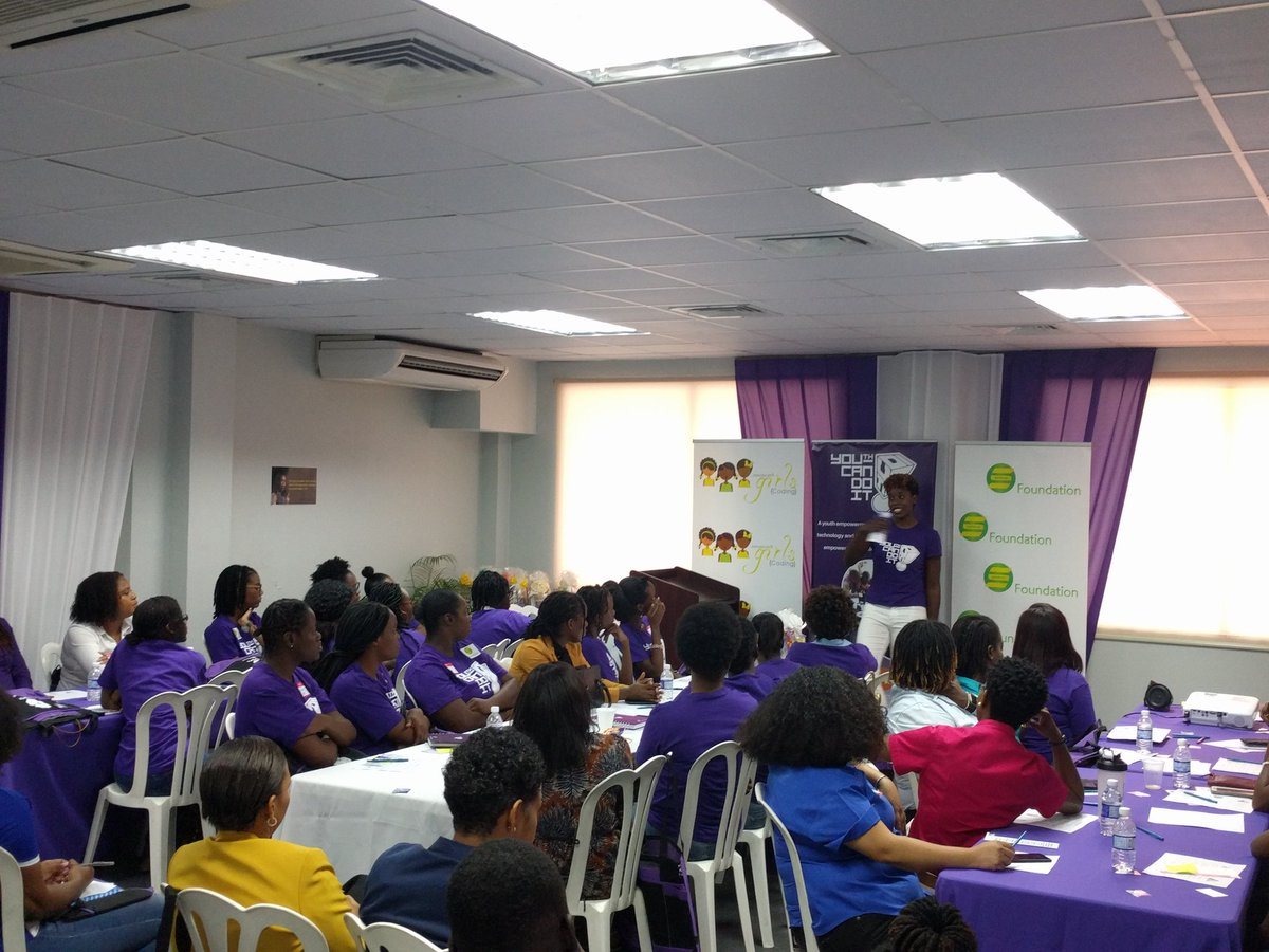 So proud of my sister for launching her Women&#39;s in ICT Mentoring program today through @youthcandoit. 31 female role models and mentees will work together for the next year to help each other grow. #womeninSTEM #womeninict<br>http://pic.twitter.com/ath79yMo37