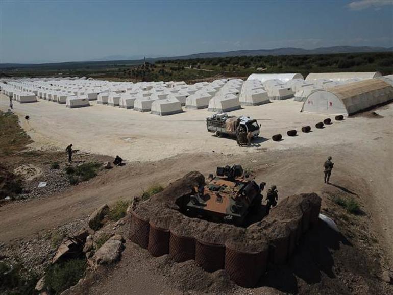 Turkey establishes huge tent city in Syria's Afrin  https://t.co/j1EpFhEIuj https://t.co/09AsjE2KGQ