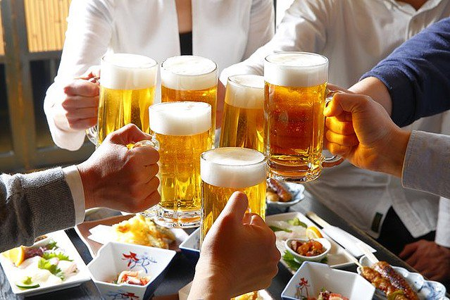 【理研などが分析】日本人、お酒に弱くなるよう数千年かけて「進化」していた https://t.co/fPvU4toB67  詳しい原因は不明だが、アルコールに弱い体質が何らかの理由で、環境への適応に有利に働いたとみられるという。