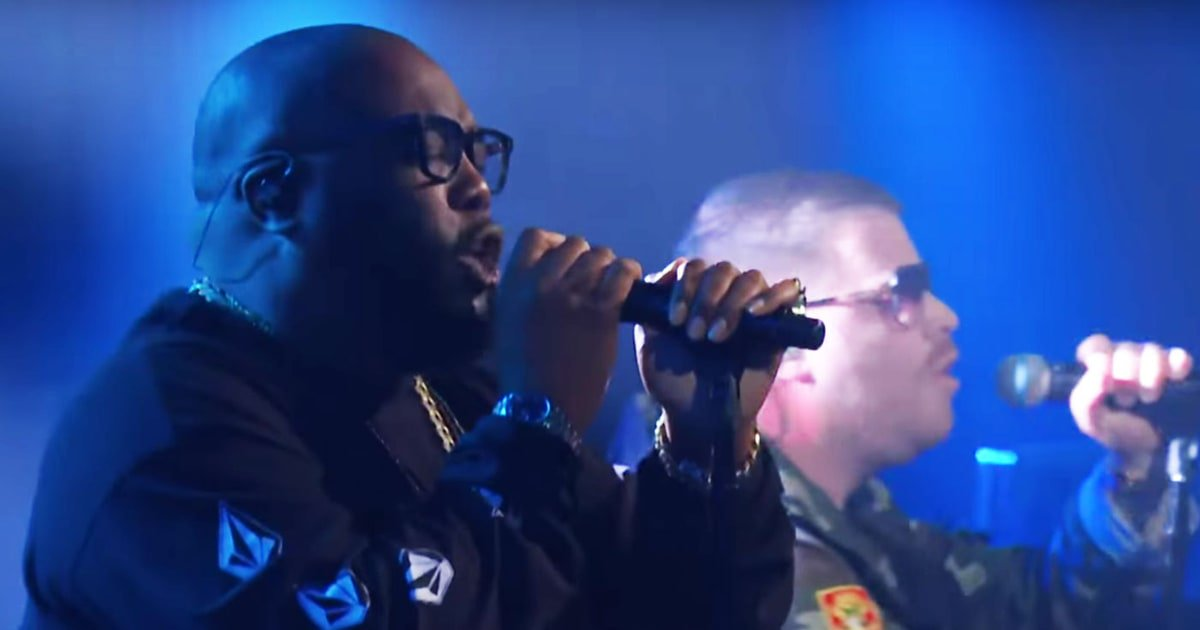 See Run the Jewels perform poignant new song, 'Thursday in the Danger Room' on #LSSC https://t.co/nS4fy2lHUj https://t.co/AbbcLoSu55