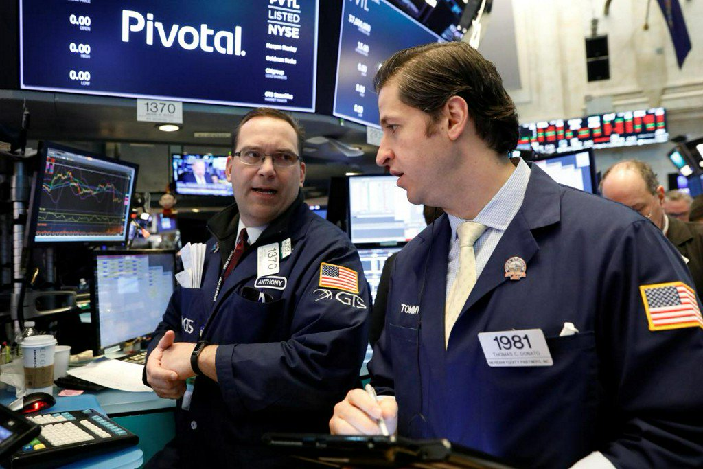 Wall Street set for gains as tech earnings impress, yields pull back https://t.co/t9NNYZJheA https://t.co/cbX7MQhOwZ