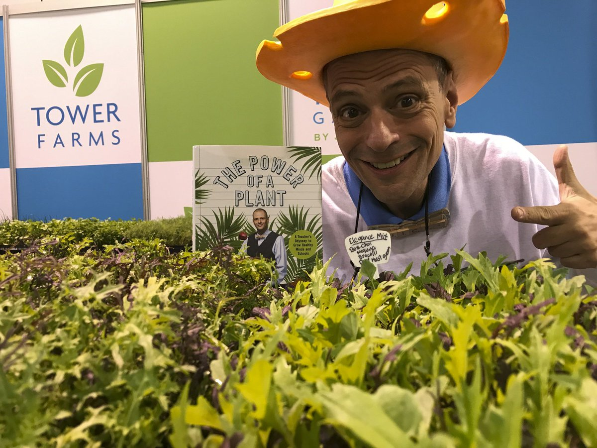 RT @StephenRitz Come find me today during @JuicePlusLIVE #Phoenix. I'll be signing copies of #PowerOfAPlant and making new friends! @TowerGarden @GreenBXMachine @JuicePlus #JuicePlusLIVE