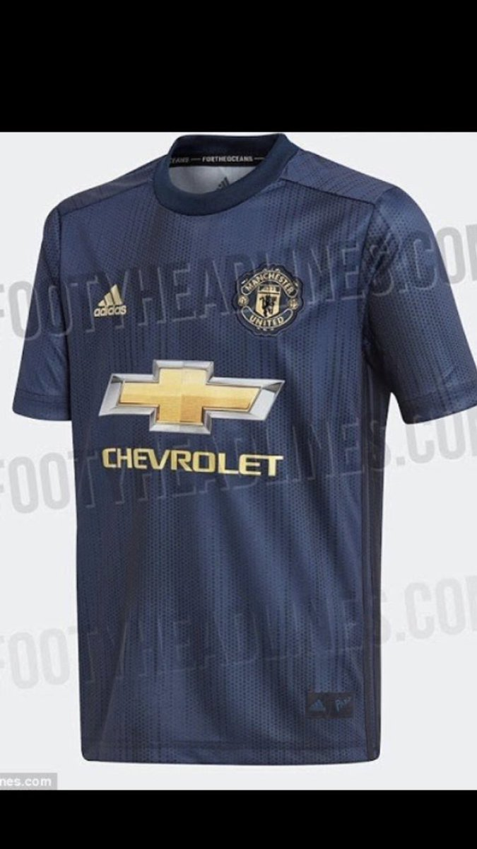 21ffcaca5b0 Leaked Images Hint At The New Manchester United Kit