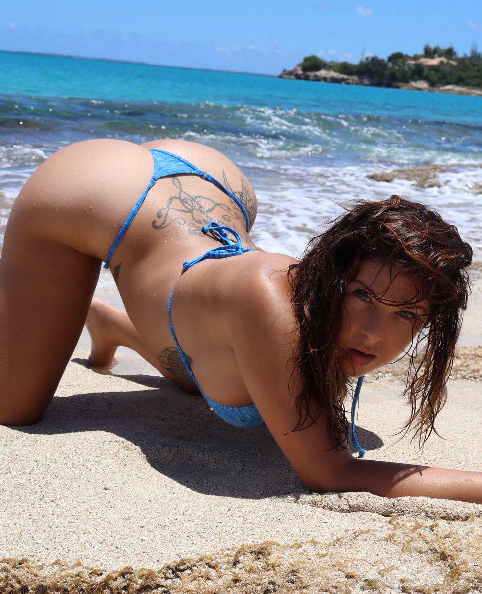 Floss bikinis are the new swim trend fashion girls love