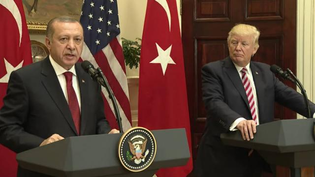 Senators try to block delivery of fighter planes to Turkey over imprisoned American pastor https://t.co/ySiCeVx1s3