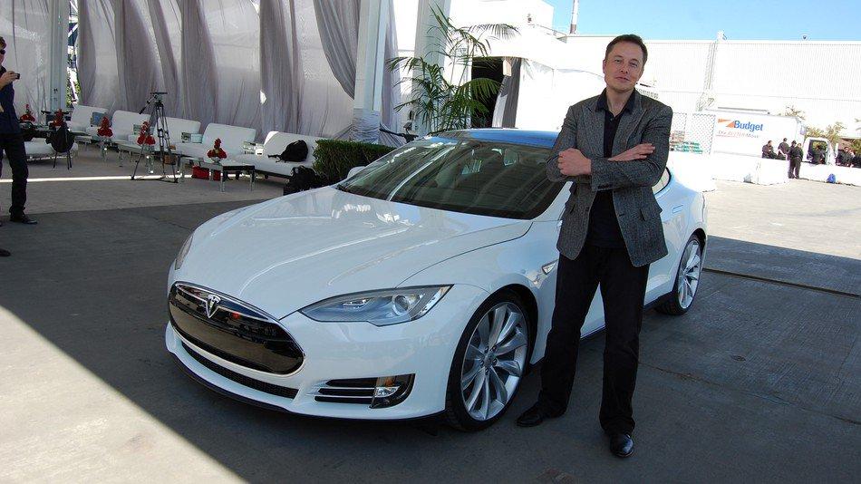 Tesla drama heats up as autopilot chief departs https://t.co/mSqppVSGsc https://t.co/A6YeoiuTF5