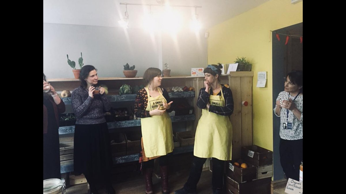 Was at the wonderful @GoodThingVeg last night for the launch of the #socialbusinesscollective #smallbusinessbigimpact #Bolton #community<br>http://pic.twitter.com/f4Z6aF2QDS